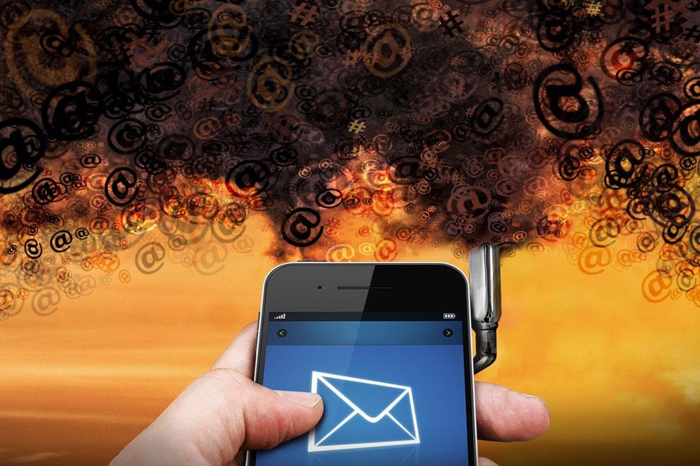 Internet y Contaminación